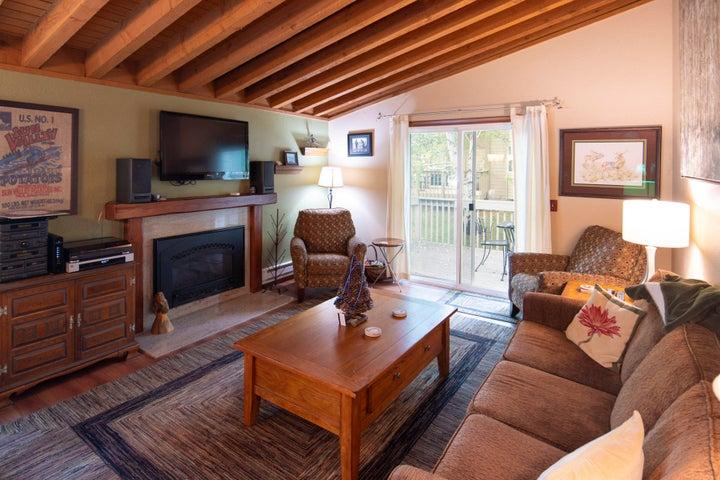 3580 Ranch Condo Dr, Sun Valley, ID 83353