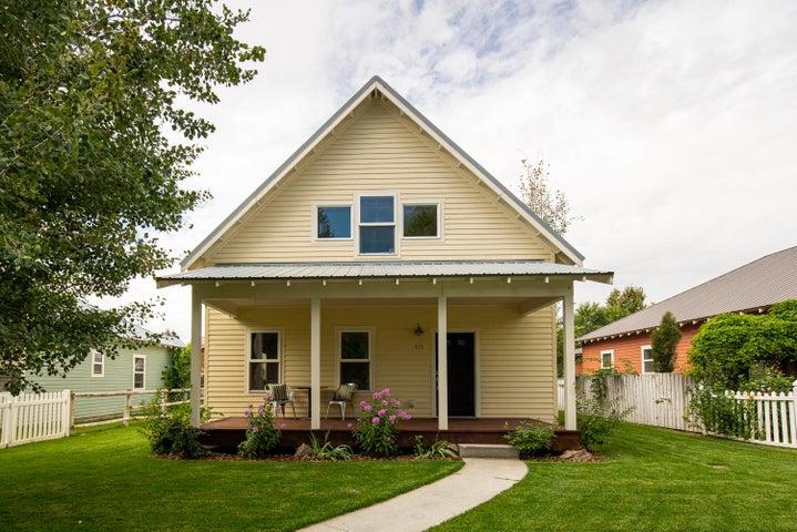 613 N 3rd St, Bellevue, ID 83313