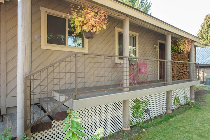 381 Mother Lode Loop, Hailey, ID 83333