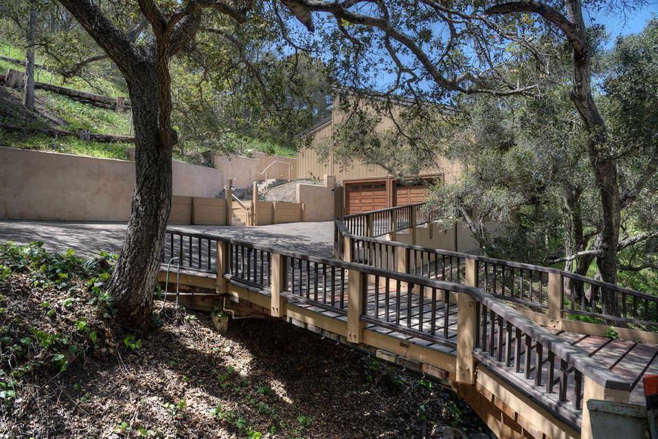 Photo of 2000 Sycamore Canyon Rd