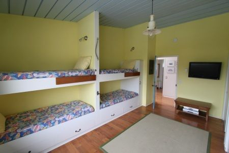 Fun  third bedroom that sleeps 4!