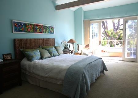 Master Bedroom with deck!