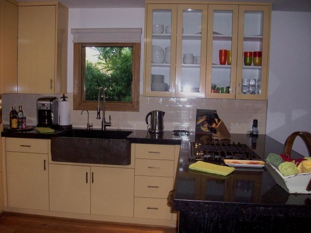 Granite Countertops & Custom Cabinets
