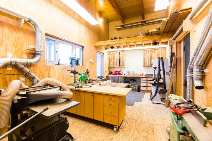 g15-Workshop.adjacent.gh.garage