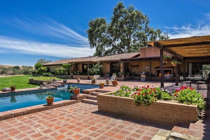 5999 Foxen Canyon Road, LOS OLIVOS, CA 93460