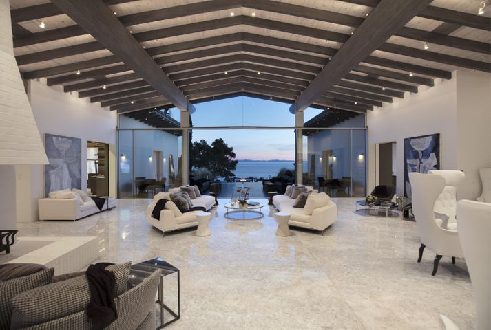 Hope Ranch's most spectacular estate!