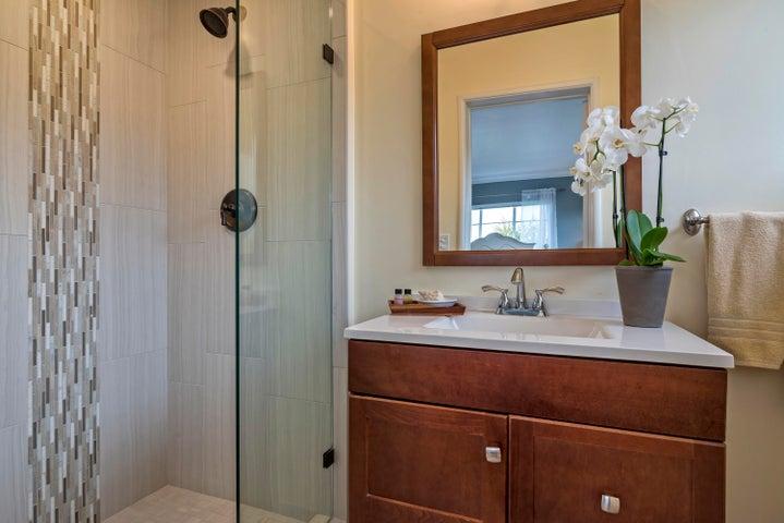 Remodeled En Suite Bath