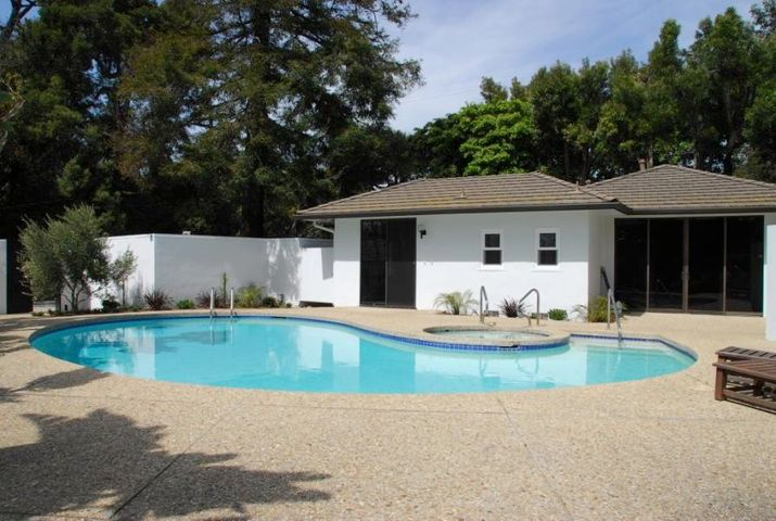 Pool / Guest House