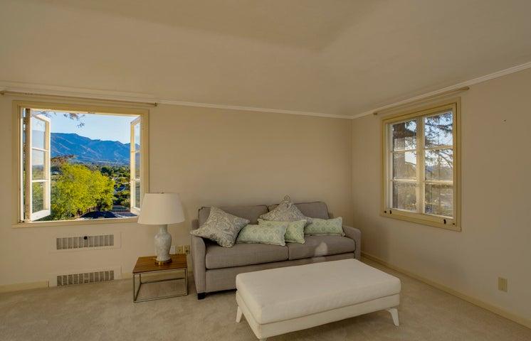 Mountain & Sunrise Views Master Suite