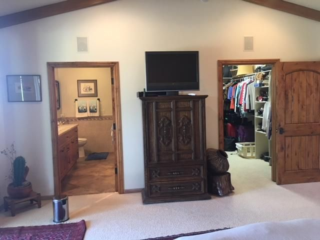 On Suite and Closet