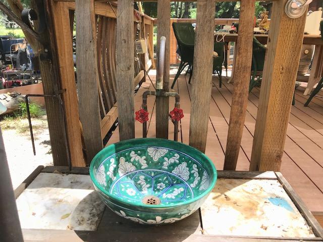 Potrero outdoor sink