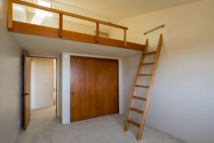 Bed 2 Loft