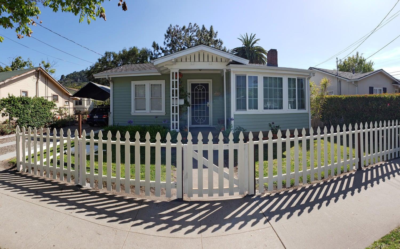 1429 Gillespie St, SANTA BARBARA, CA 93101