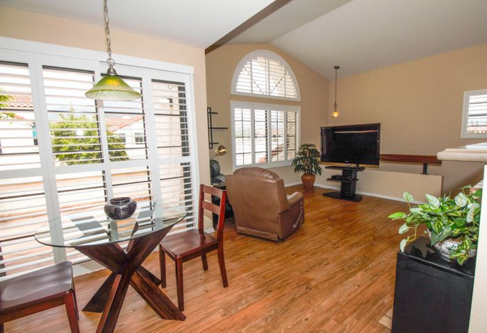Open floor plan with high ceilings, big mountain views, plantation shutters