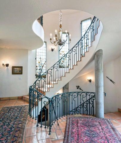 Grandiose Staircase