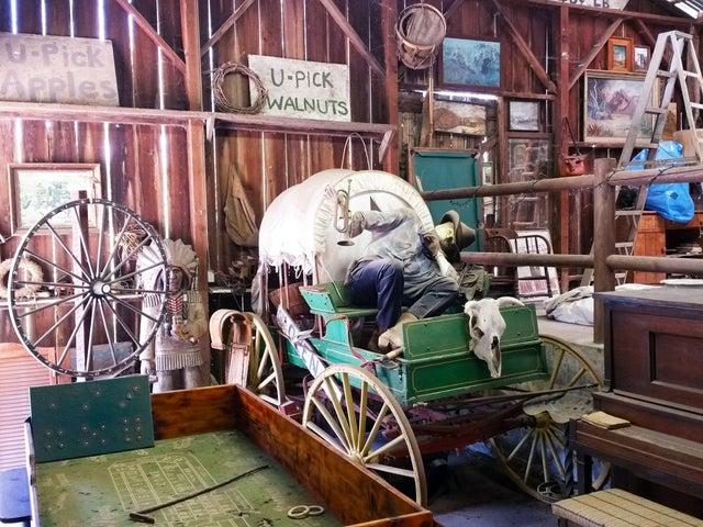 07 Barn Wagon 1