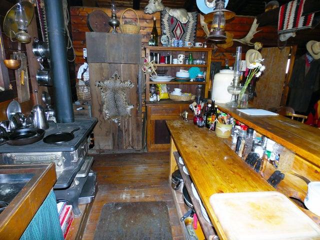 21 Cabin Kitchen 2