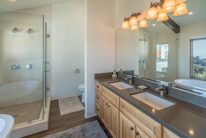Main Residence - Master Bathroom 1