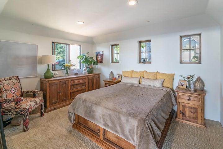 Main Residence - Bedroom 3