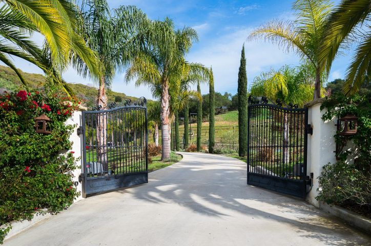 Private and Secure Gated Community