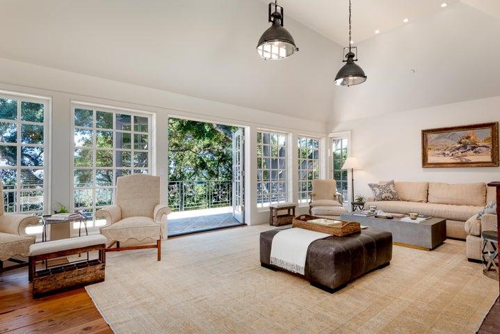 Living Room Patio
