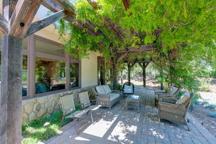 1577 Kenewa Ojai Home for Sale (19)