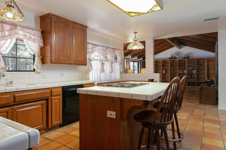 1445 S Rice Rd-021-29-Kitchen-MLS_Size