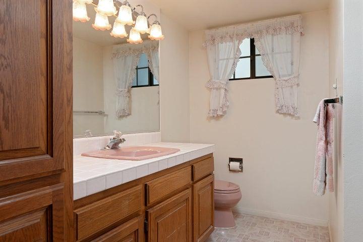 1445 S Rice Rd-034-9-Bathroom-MLS_Size