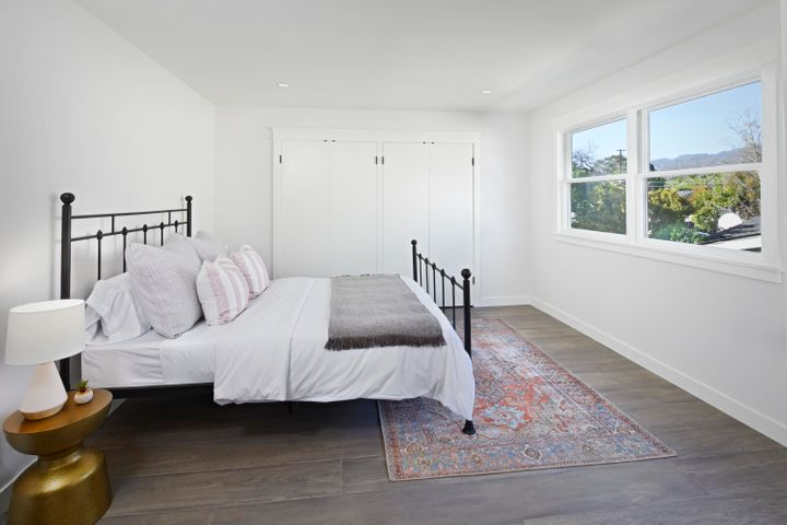 upstairs_guest_bedroom_final17