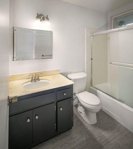 Unit 12 Bathroom