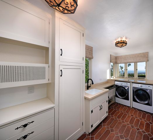 Laundry room with views!