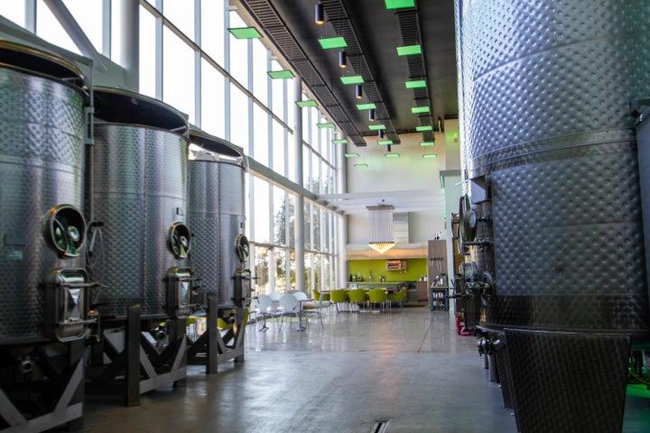 HB Winery (9)