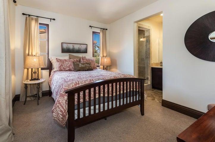 Middle Bedroom & Bath