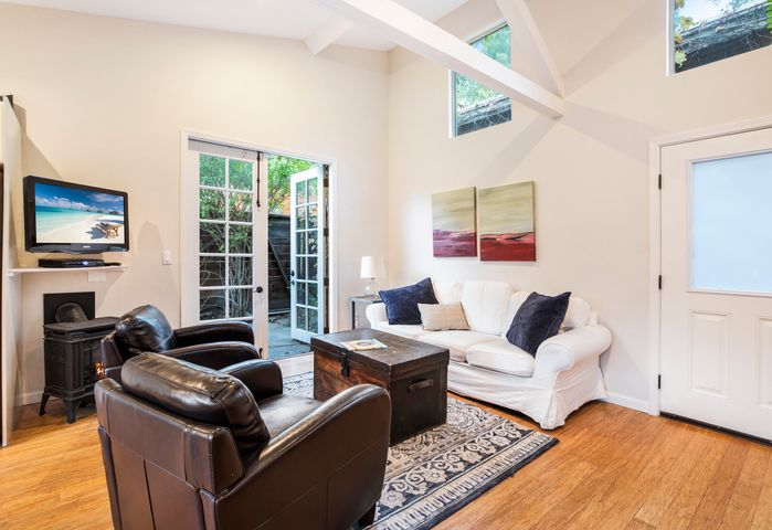 Guest quarters living room