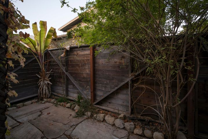 Guest quarters private patio