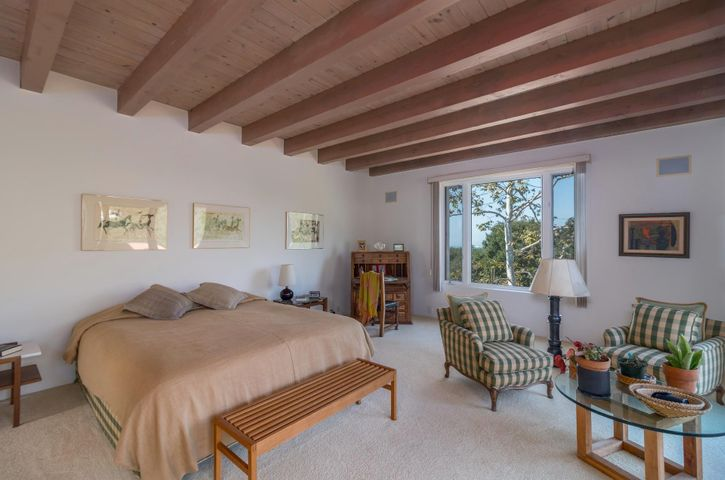010 master bedroom