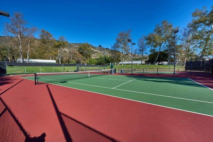 club tennis courts