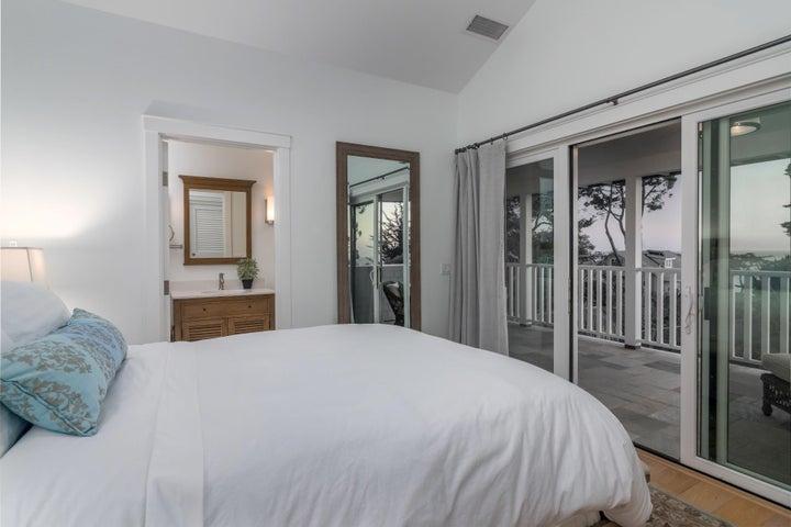 Guest bedroom w/queen and ocean views