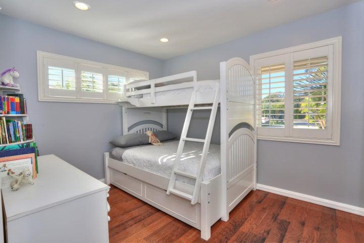 522 Dentr Dr - third Bedroom