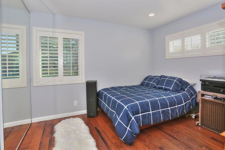 522 Dentr Dr - Second Bedroom