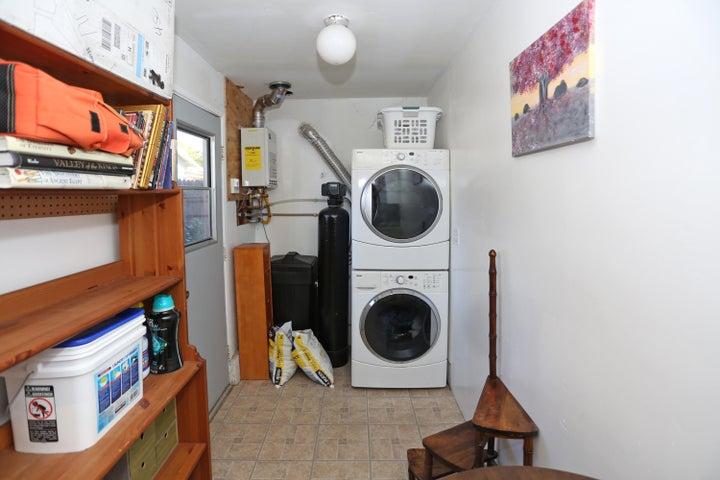 522 Dentr Dr - Laundry Room