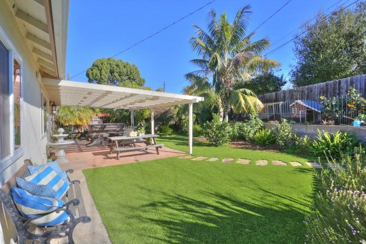 522 Dentr Dr - Landscaped Backyard