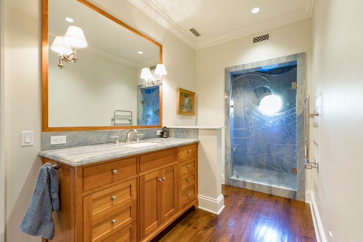 Secondary Master Bath