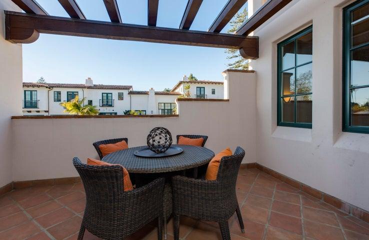 Delightful sunny terrace