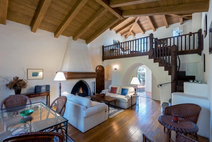 1808 Living Room