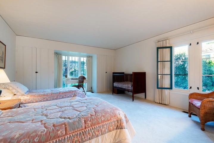 1806 Bedroom 1
