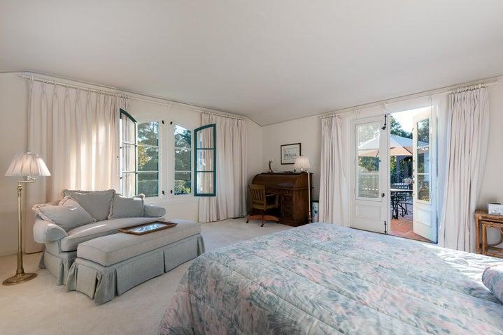 1806 Bedroom 2