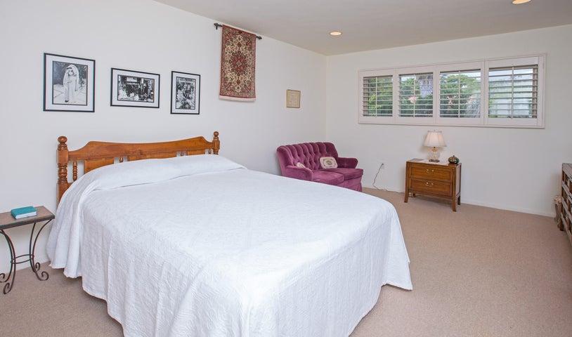 master bedroom-1-1