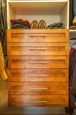 Custom built-in drawers