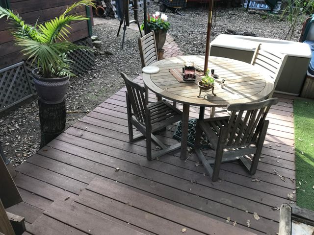 Lower back deck